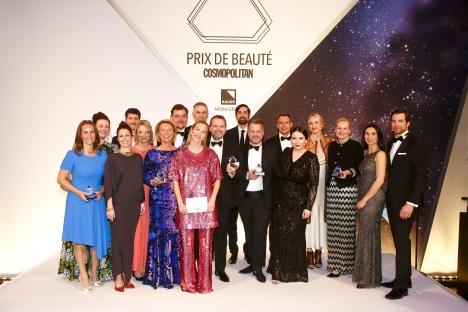 Die Sieger des Prix de Beauté freuen sich über den Award (Quelle: Jessica Kassner / jmk-photography)